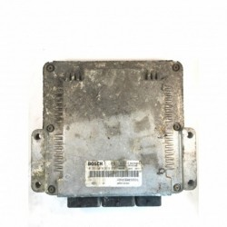 Calculateur Moteur RENAULT MEGANE SCENIC Bosch, 0 281 010 819, HOM 8200039569, 0281010819, HOM8200039569, 8200166362