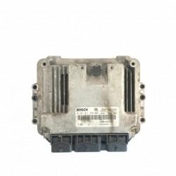 Calculateur Moteur  RENAULT MEGANE Bosch, 0 281 011 276, 8200305678, 0281011276, 8200304606