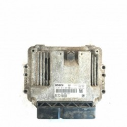 Calculateur Moteur OPEL ASTRA ZAFIRA Bosch, 0 281 014 025, GM 55 205 623 EQ, 0281014025, GM55205623EQ, 55205623EQ, 55205623