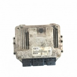 Calculateur Moteur FORD Bosch, 0 281 011 612, FoMoCo 5S61-12A650-AD, 0281011612, 5S6112A650 AD, 5S6112A650AD, 8TKD